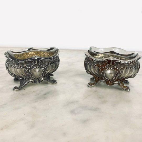 Антикварные серебряные солонки