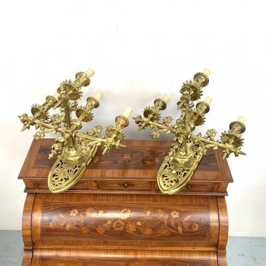 Антикварные бронзовые бра в стиле Неоготика