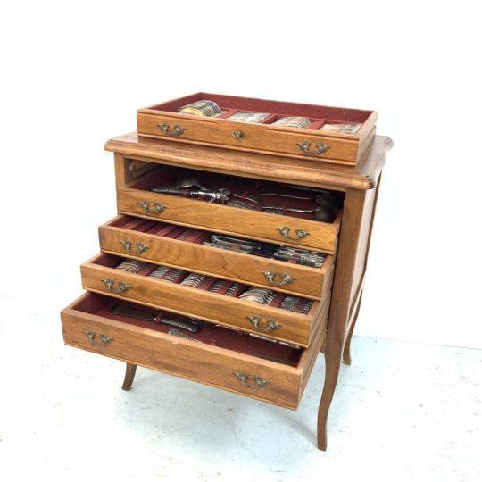 Антикварный столовый сервиз в стиле Луи XV