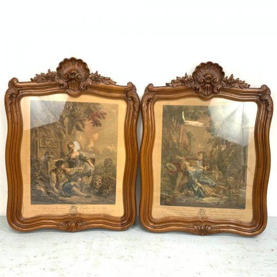 Антикварная пара гравюр в деревянных рамах